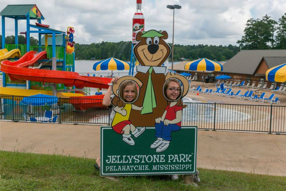 Jellystone Yogi on the Lake waterpark