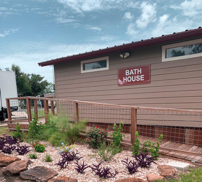 Great Escapes Austin Oaks Bath House