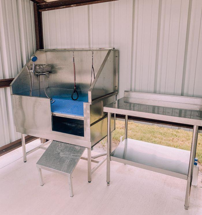 Great Escapes Austin Oaks Dog Wash Station